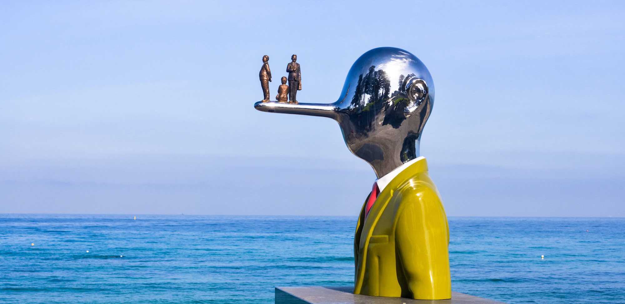 Sculpture by the sea?>
