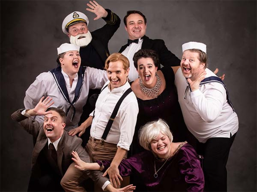 Titanic: The Movie, The Play?>